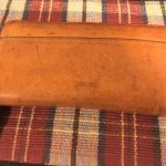 gentenのトスカラウンド長財布のエイジングを紹介。